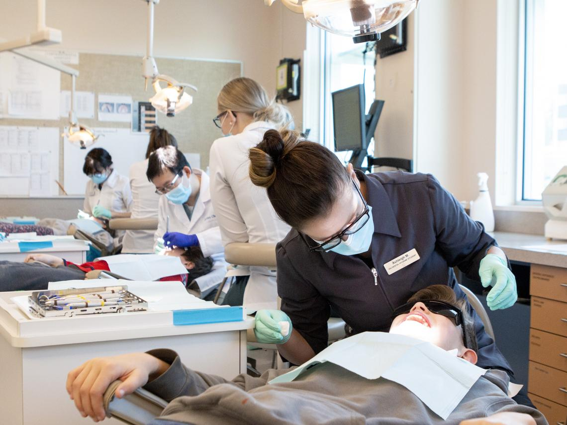 VIU Dental Hygiene Students Brighten Children's Days