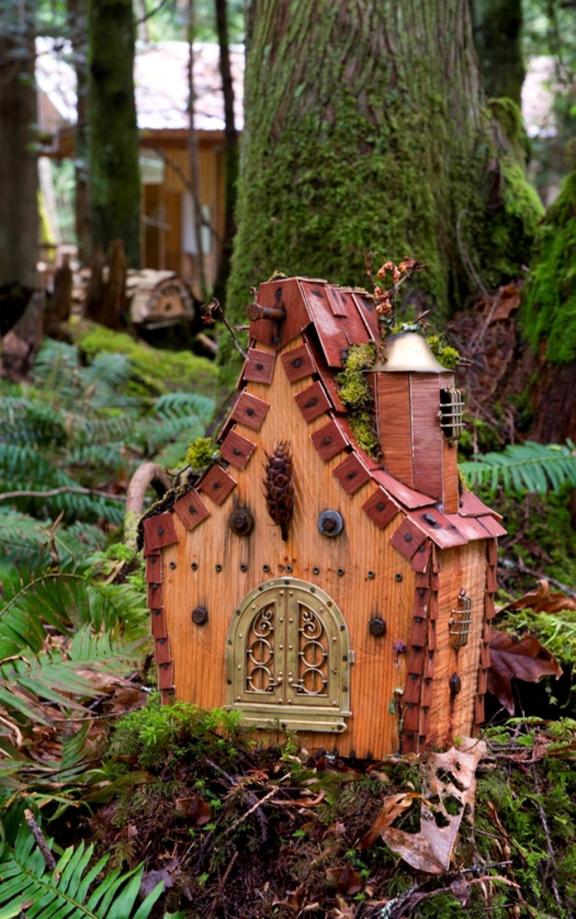 Visual Arts Students Create Gnome Village By The Sea at Milner ...